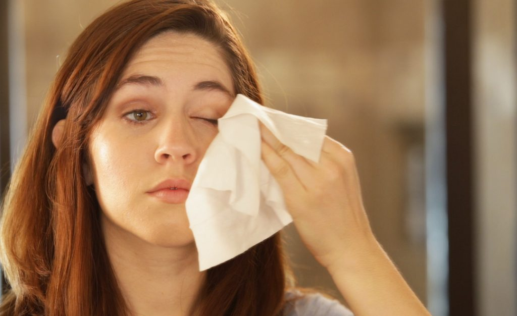 Why You Need To Ditch Makeup Wipes ASAP